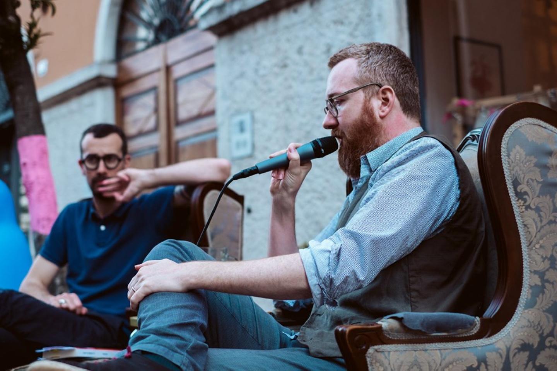 Raffaele Alberto Ventura viene intervistato da Federico Zappini (libreria due punti di Trento).