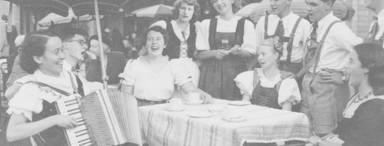 Volkstanzgruppe Melbourne Uni 1953