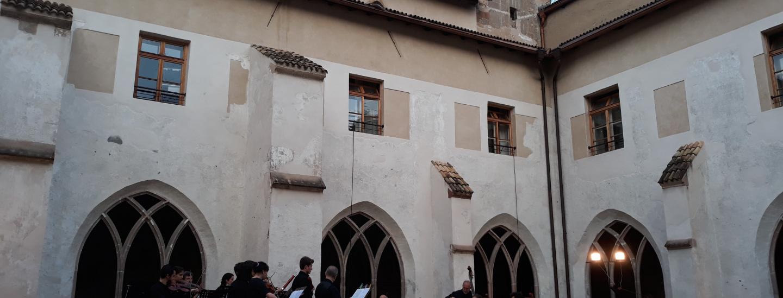 Il Chiostro dei Domenicani in occasione del primo concerto estivo del Conservatorio il 12 giugno 2021