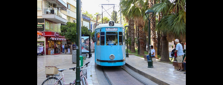 tram Bolzano bici mobilità sostenibile
