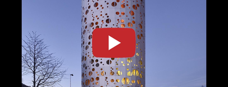 Architektur von Arch.Valentina Bonato, Arch. Dario Cagol, Arch. Helmut Niedermayr in Zusammenarbeit mit der Künstlerin Julia Bornefeld.