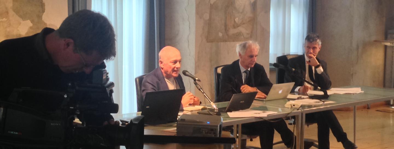 Autonomia speciale vista davvero, seminario alla biblioteca comunale di Trento. Roberto Bin, Giandomenico Falcon, Francesco Palermo