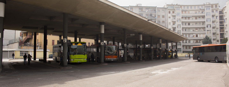 Busbahnhof Bozen & Busse
