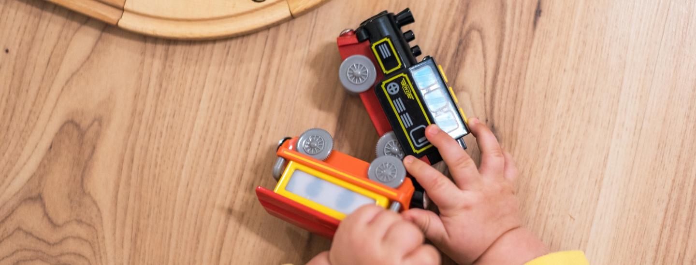 Spielzeug-Zug