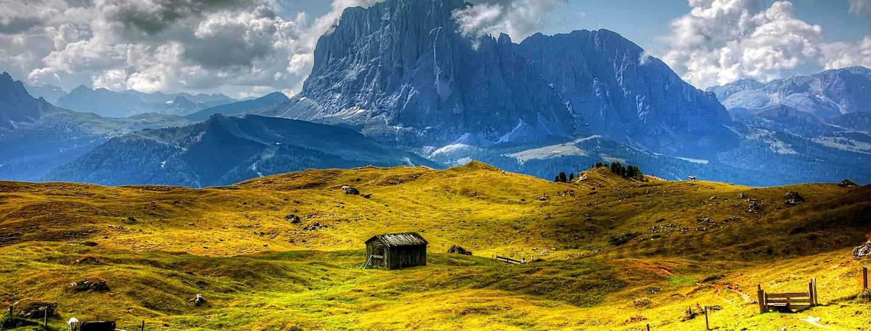 mountains-3563480_1920.jpg