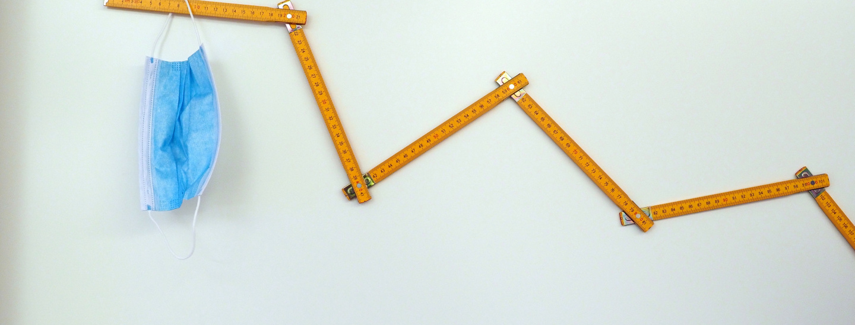 Meterstab mit Maske