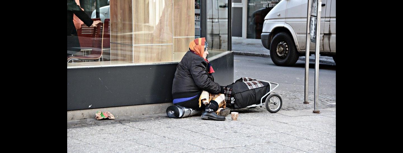 senzatetto, donna