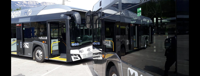 Presentazione dei nuovi bus a idrogeno Solaris Urbino di Sasa