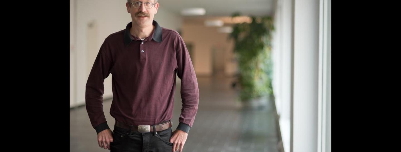 Prof. Sven Helmer