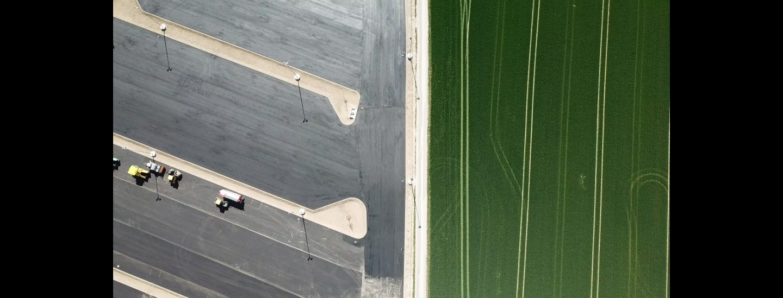 Verbaute Erde - Parkflächen statt Ackerland  ÖHV