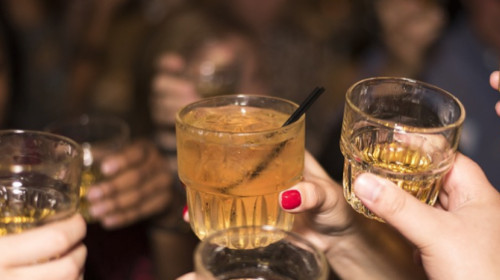 alcohol-492871_960_720.jpg