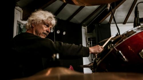 Werner Menapace, Übersetzer, Poet und Drummer