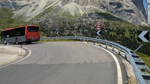Bus Passo Sella