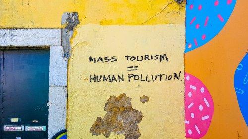 Tourism - Pollution