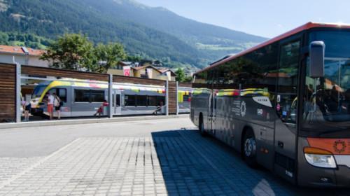 SAD Bus & Zug