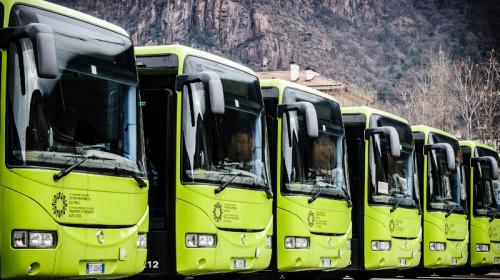 nuovi_bus_sad_neue_busse_iveco_irisbus.jpg