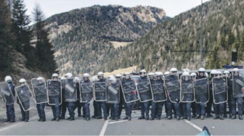 Poliziotti austriaci al Brennero