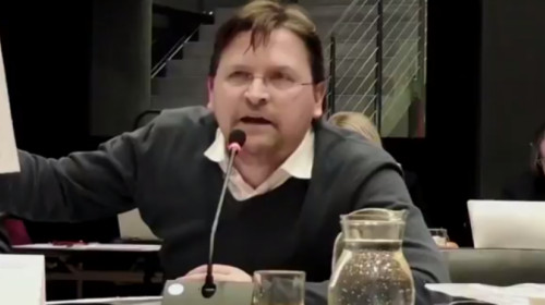 Tony Tschenett im Konvent der 33