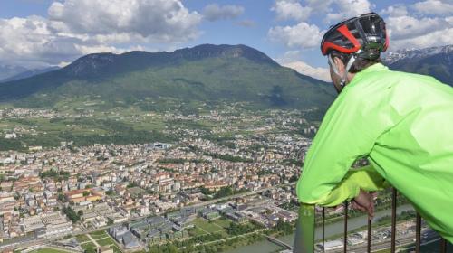 Ciclabile sopra a Trento