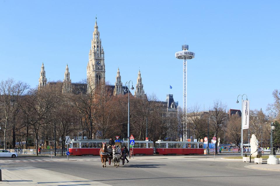 02_wien_rathausplatz.jpg