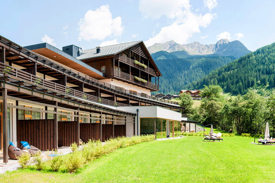 07_la_casies_mountain_living_hotel_architektur_evelyn_unterpertinger_patrick_steger.jpg