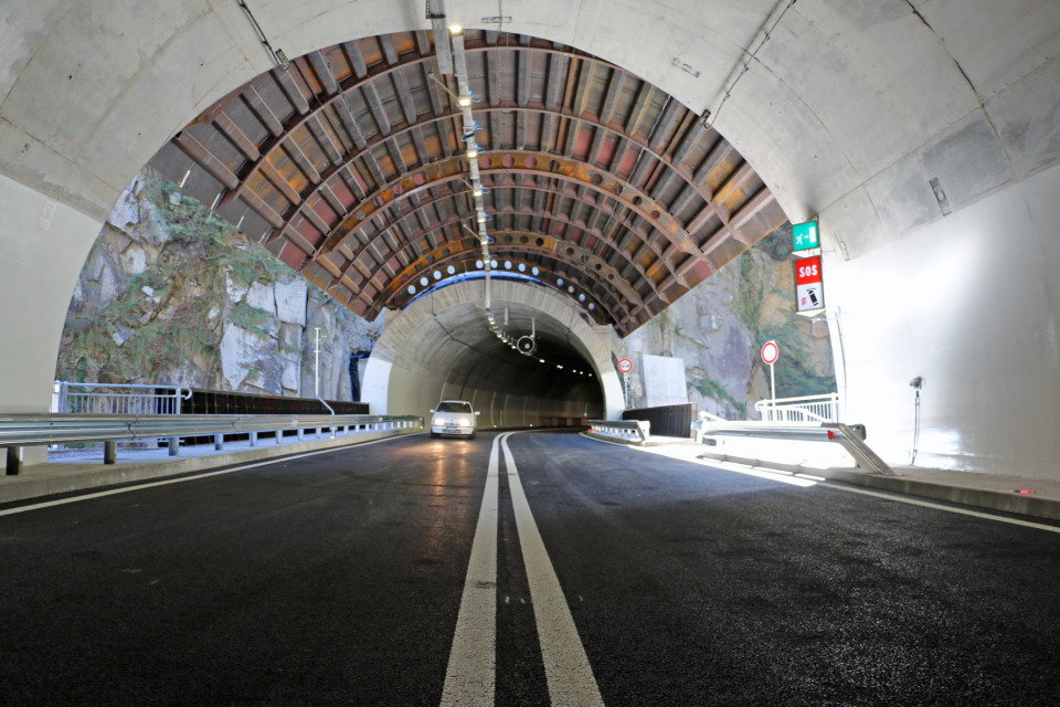 Val d'ega Tunnel