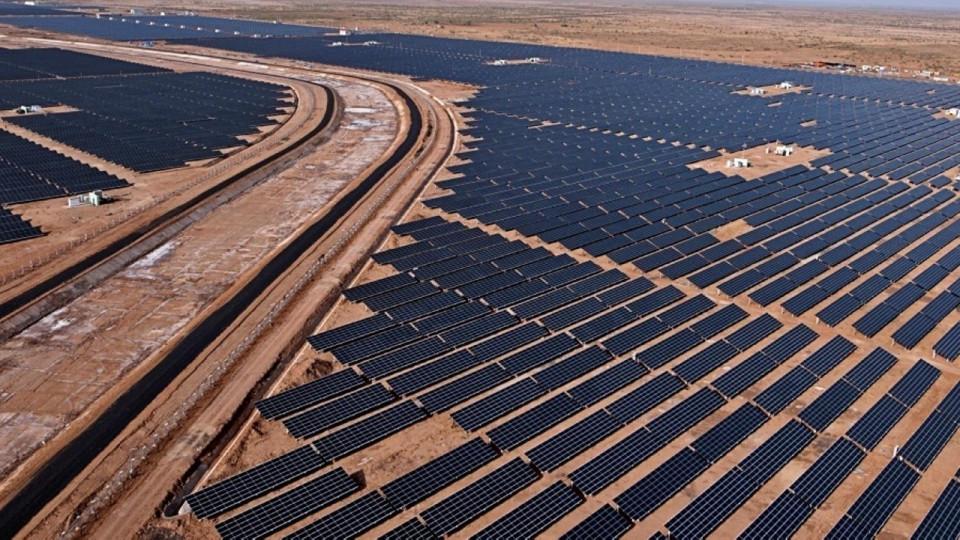 1_solar_park_in_india.jpg