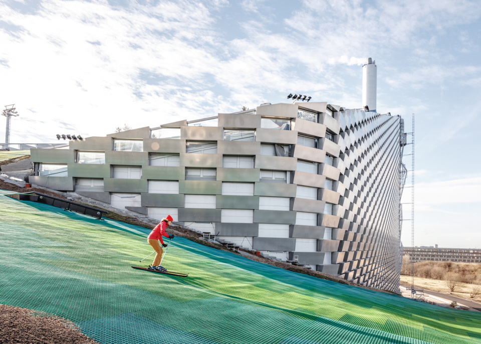 CopenHill Energy Plant and Urban Recreation Center by BIG