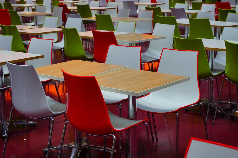 dining-tables-461863_1920.jpg
