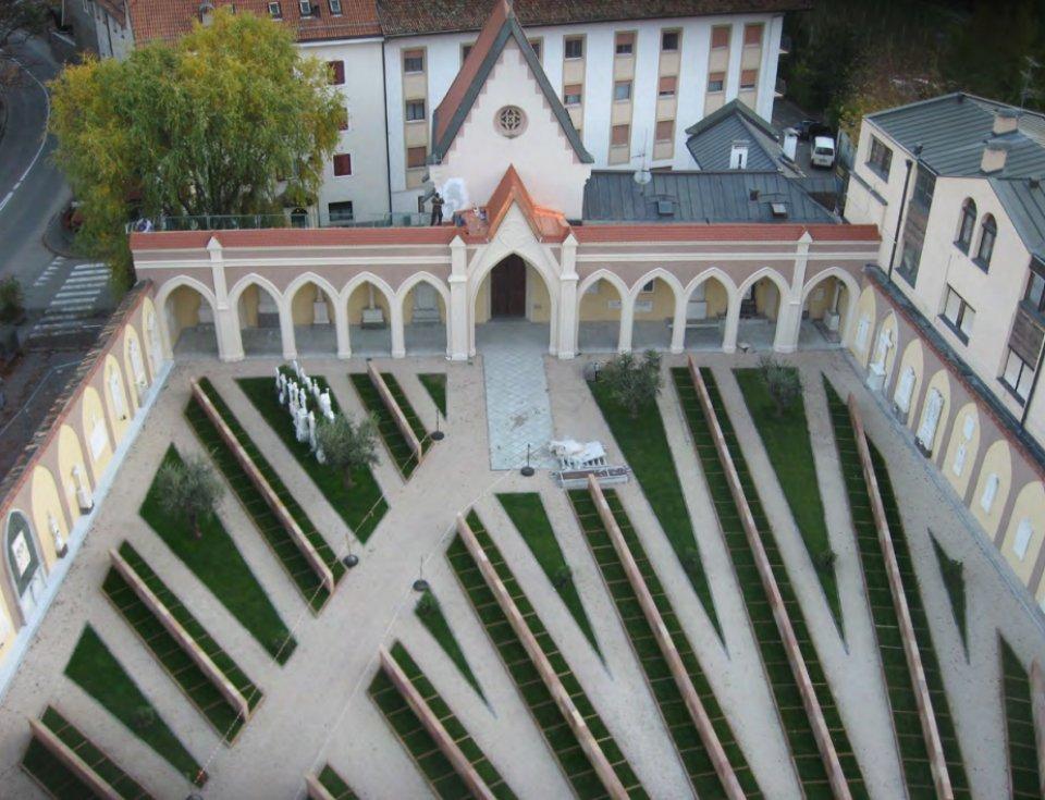 ex-cimitero_di_maia_bassa.jpg