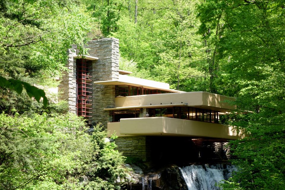 Fallingwater (Kaufmann Residence), Frank Lloyd Wright 1939