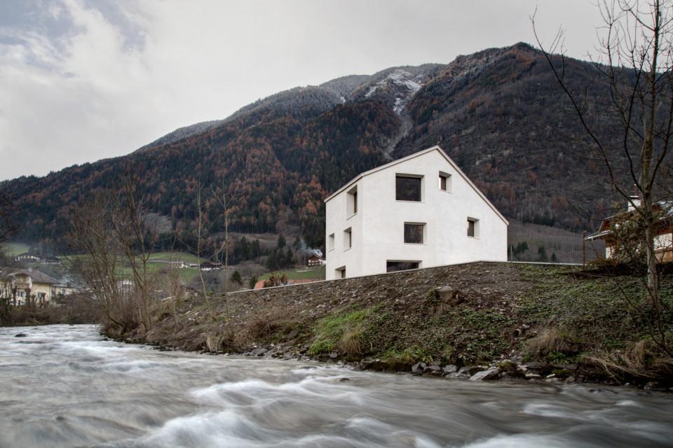 Pedevilla Architects, Haus am Mühlbach, Foto von Gustav Willeit
