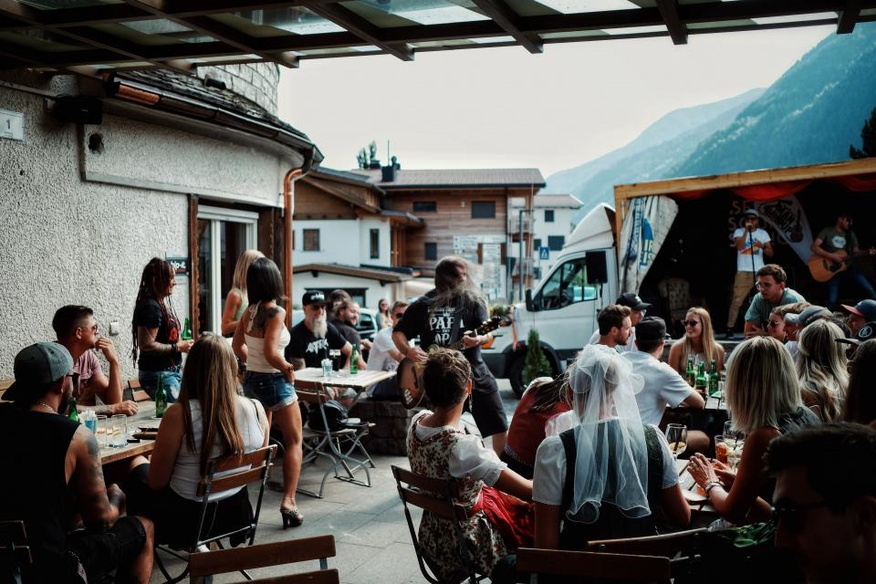 Two Men Group und Christian Losso live beim Brugghof