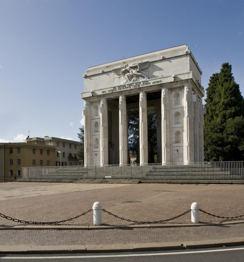 monumento Vittoria, bolzano