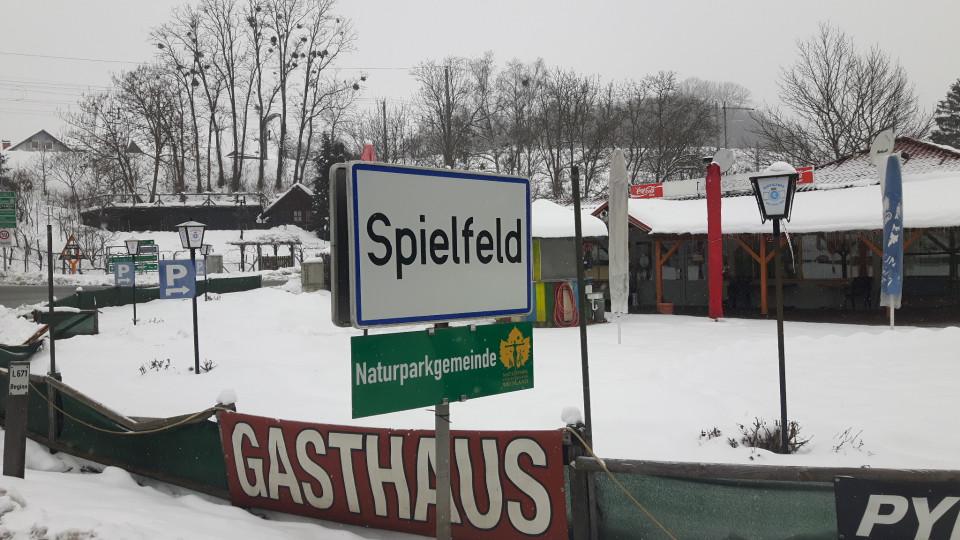 spielfeld.jpg