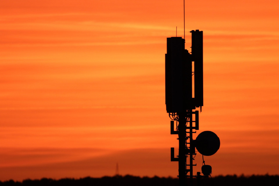 transmitting-antenna-4590619_19201.jpg