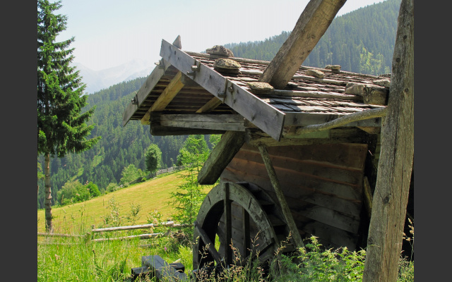 Die Wassermühle beim Parkplatz Kratzegg