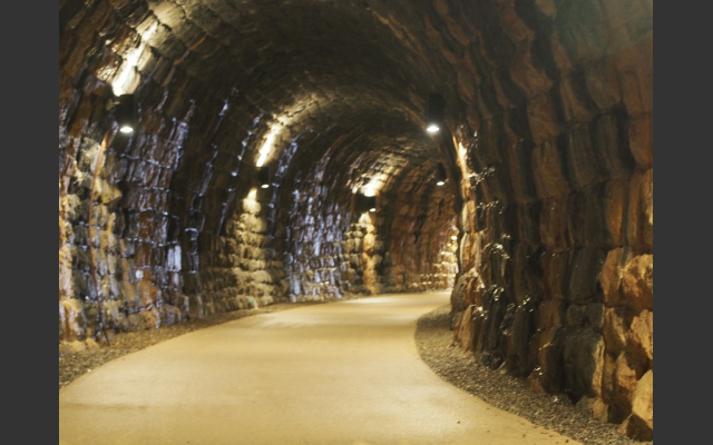 03 Tunnel am Bahnweg in St. Cristina
