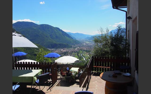 05_blick_von_der_terrasse_des_restaurants.jpg
