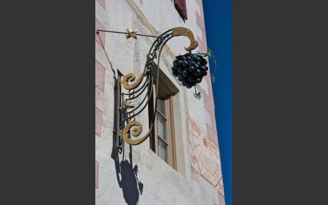 Historisches Wirtshaus zur Blauen Traube in Algund