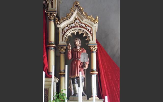 Isidor, der Bauernheilige, mit der Schaufel am Altar der Penoner Kirche