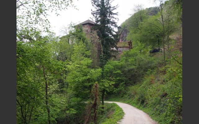 Am Rückweg grüßt Burg Wolfsthurn