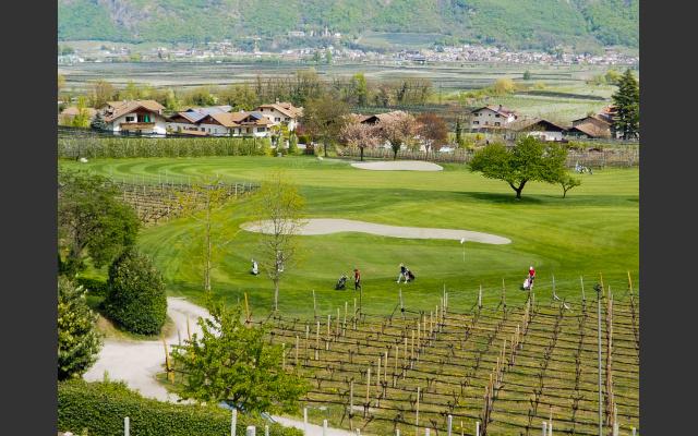 Start und Endpunkt beim Golfplatz Lana