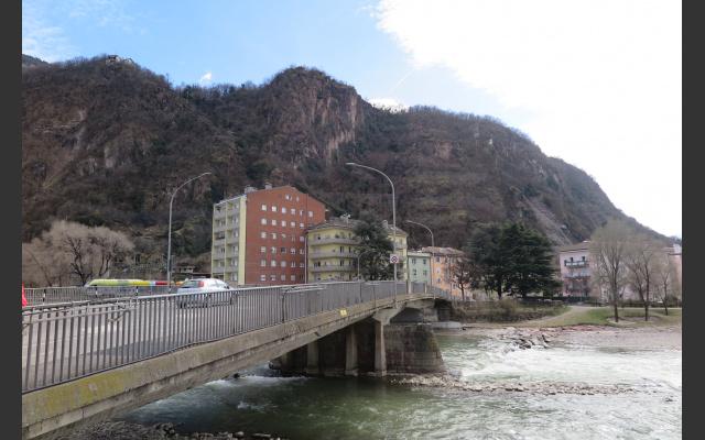 Virgl, Fluss und Welle