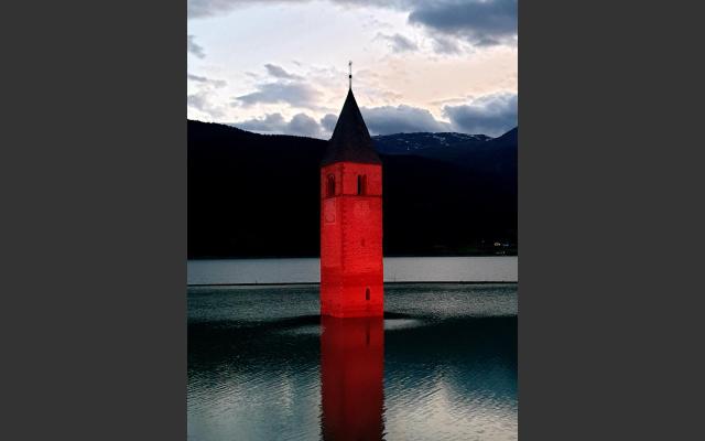 Night of Light: Kirchturm Reschensee