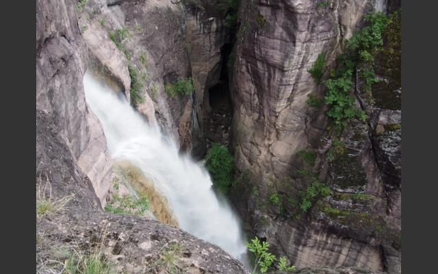 Wasserfall und Schlucht des Schwarzenbaches
