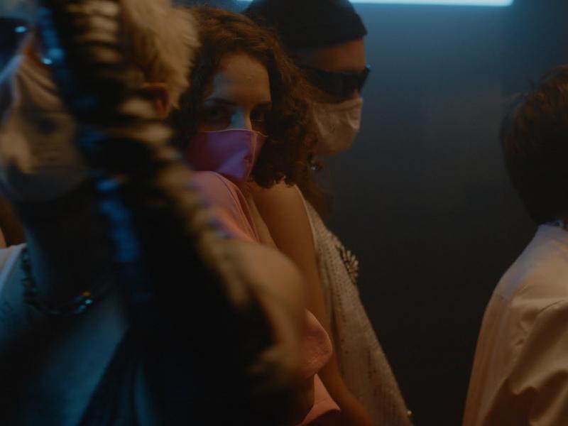 """Videostill aus """"Dopamine"""", Bruno Kratochvil (Regie), Johannes Hoss (Kamera)"""