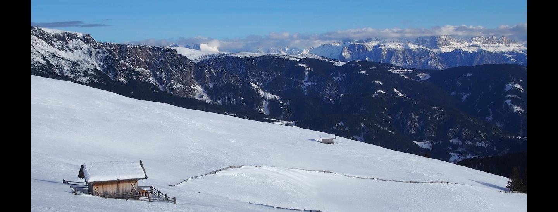 Am Panoramaweg mit Dolomitenblick