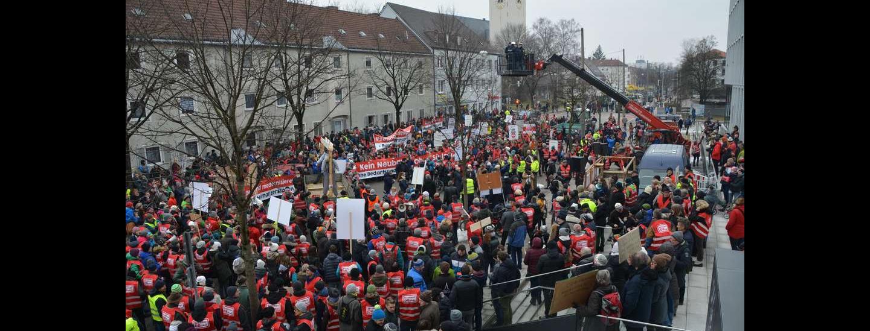 99448221-brenner-nordzulauf-scheuer-rosenheim-buergerinitiative-bahn-protestmarsch-5ti3n5ngsa7.jpg