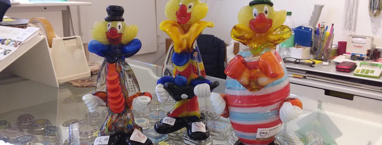 Käufliche Clowns